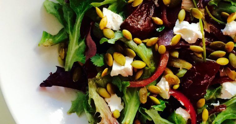BALSAMIC BEETS & GOAT CHEESE SALAD