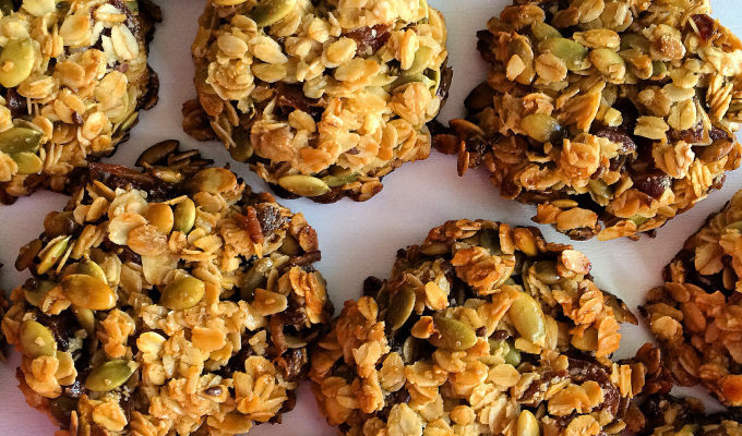CHAI SPICED GRANOLA BARS